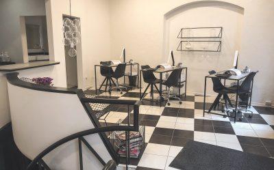 Parduodamas grožio salono verslas už gerą kainą