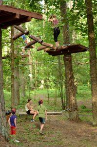 Parduodamas pelningai veikiantis nuotykių parkas Anykščiuose
