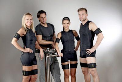 Pelningai veikianti EMS sporto studija